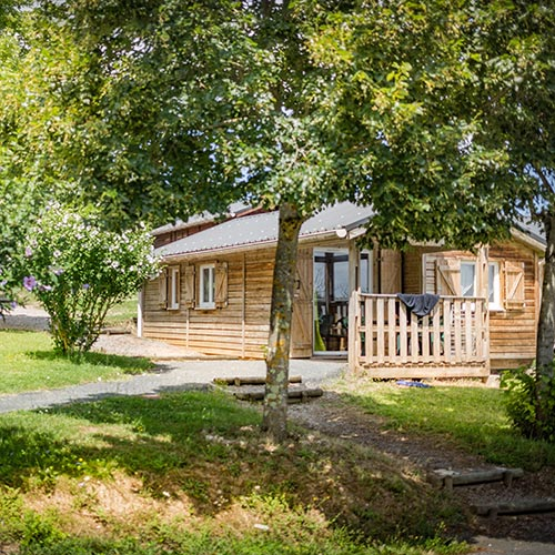 camping tarn avec chalets spacieux