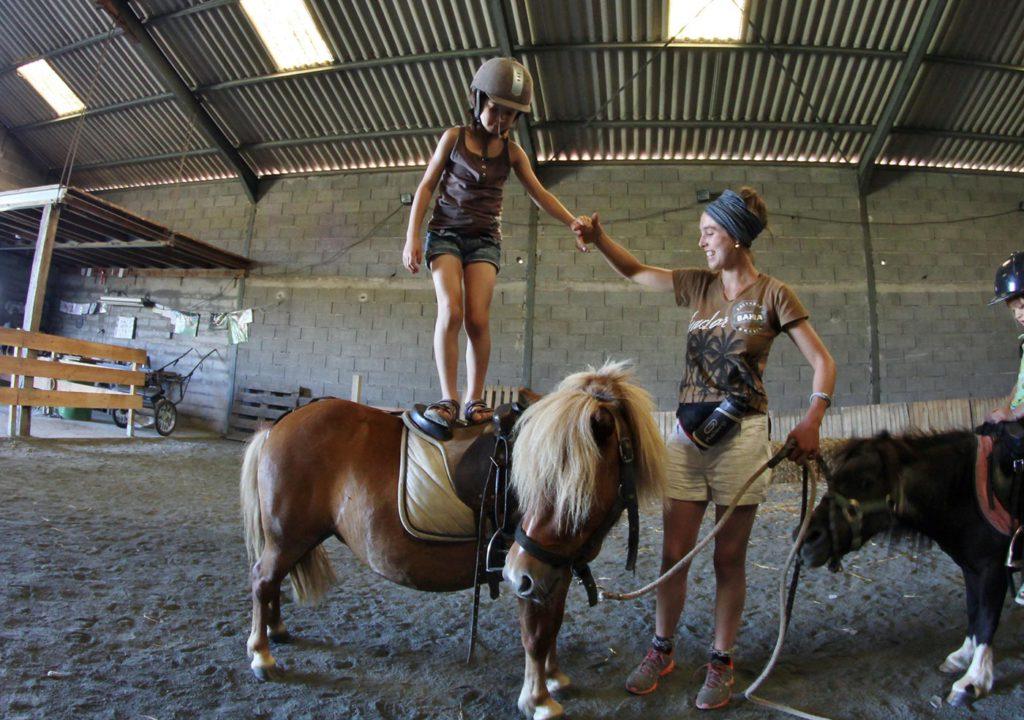 Exercice sur un poney