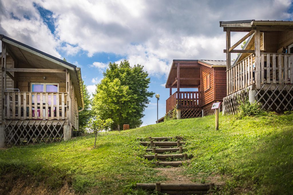photo camping tarn location de chalets