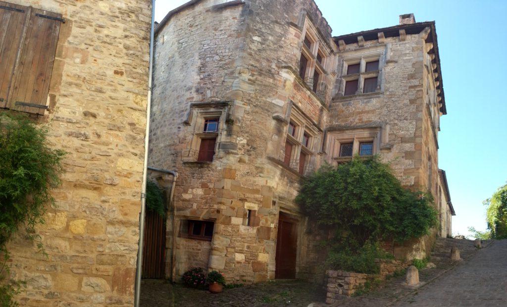 Cité médiévale Corde sur ciel dans le Tarn