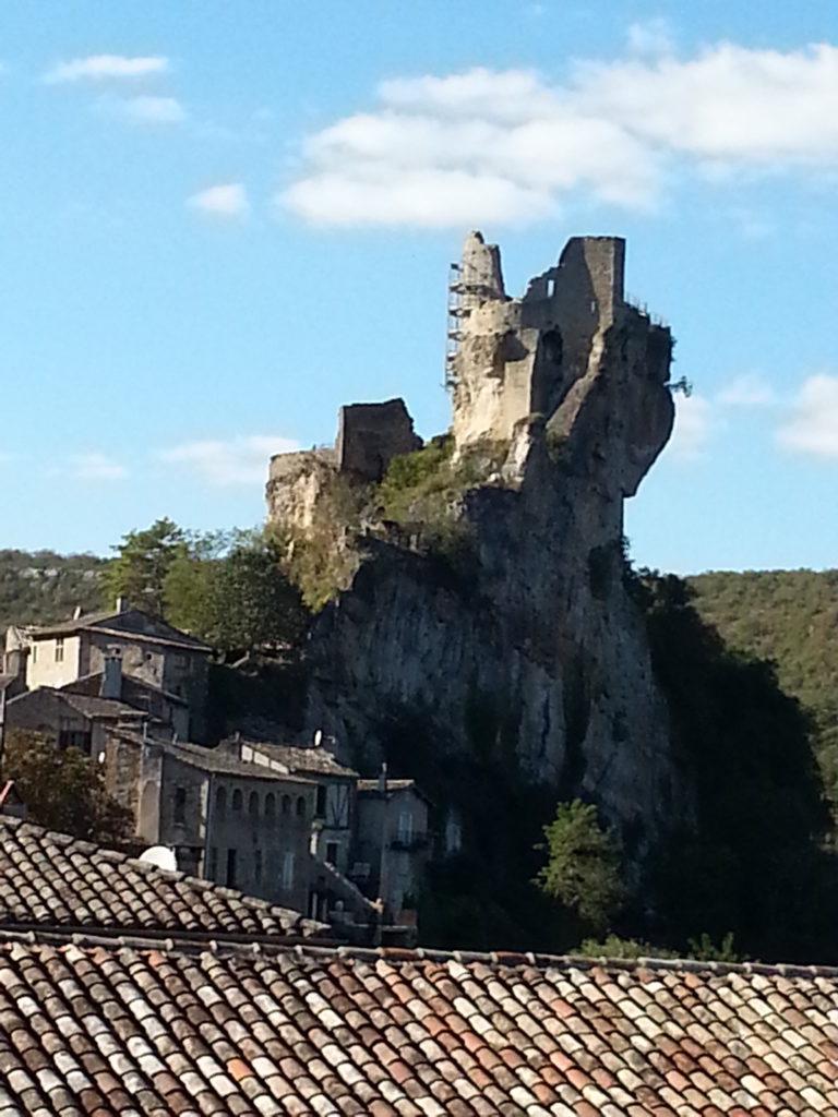 Châteaux et cités médiévaux